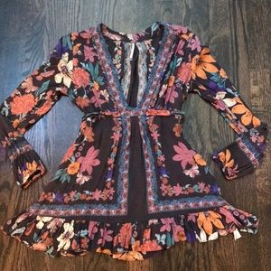 Free people floral ruffle hem shirt Anthropologie